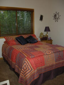 Guest bedroom. Before