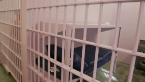 5.13DallasCounty.pink_jail_cell_72551145_620x350