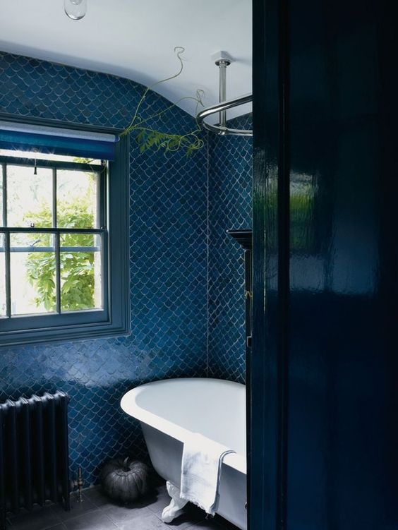 Prussian Blue.P. London Bath.Henry